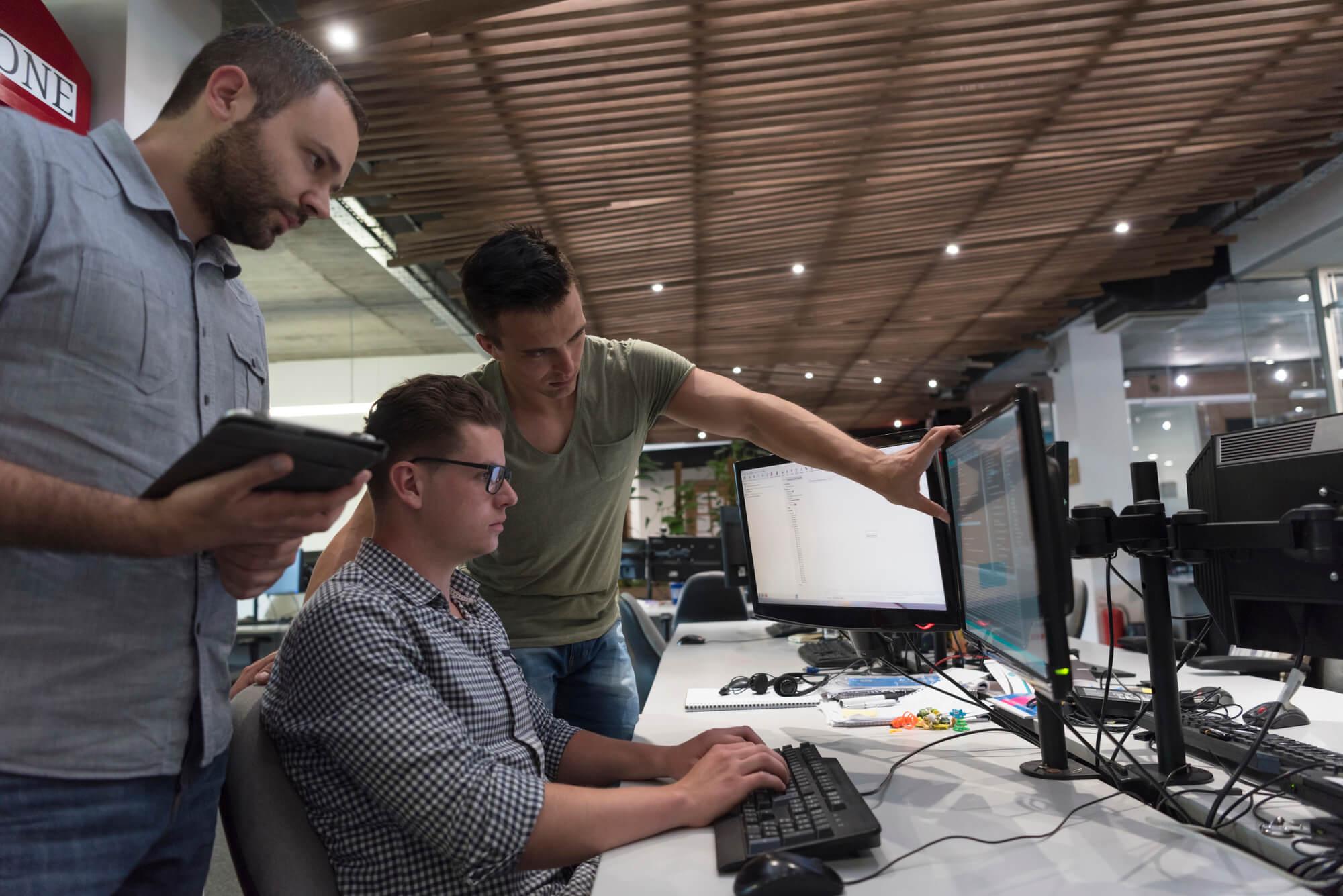 Entenda qual a diferença entre gerenciamento de projeto de software e de infraestrutura