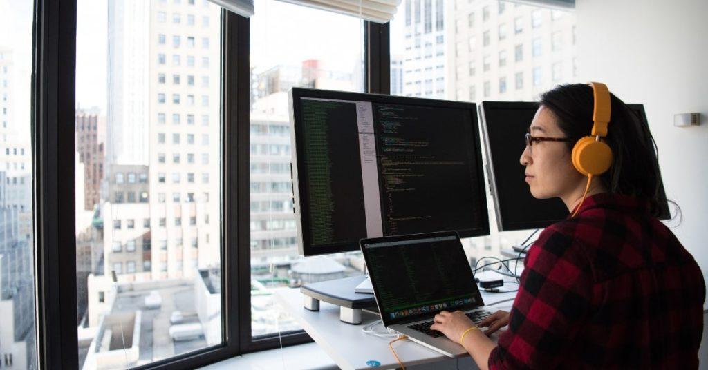 Buscar um sócio técnico ou uma empresa para desenvolver minha startup - Técnico mas não sócio