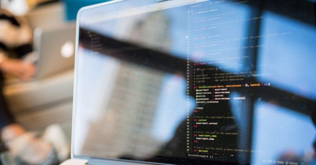 Guia-sobre-Desenvolvimento-de-Software-para-Gestores-Linguagem-de-Alto-Nível