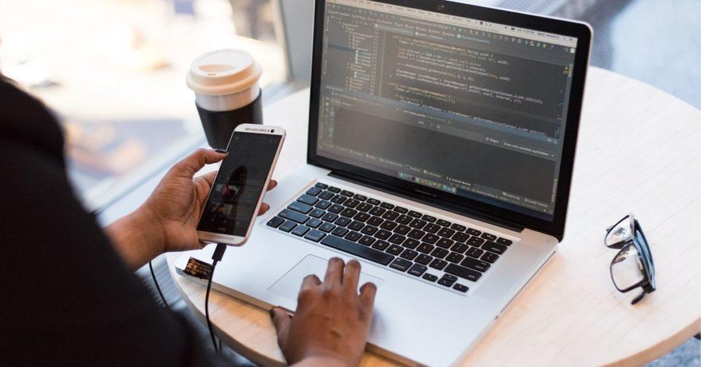 Faz sentido transformar o seu serviço em uma plataforma- Procurar bons desenvolvedores