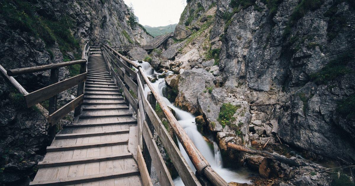 Waterfall e Agile: Vantagens e Desvantagens dessas Metodologias